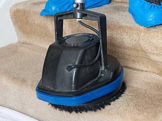 Choosing the Right Equipment for Your Carpet | Burbank Carpet Cleaning